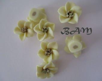 Polymer clay daffodils flower 15mm-drilled