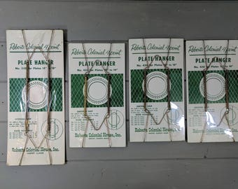 4 Vintage Plate Hangers, Roberts Colonial 4 Point, Roberts Colonial House, Inc., Harvey Illinois, 2 Sizes Original Packaging