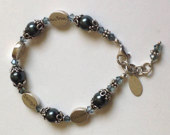 Pearl Bracelet. Imagine, Believe, Courage and Dream Charm Bracelet.