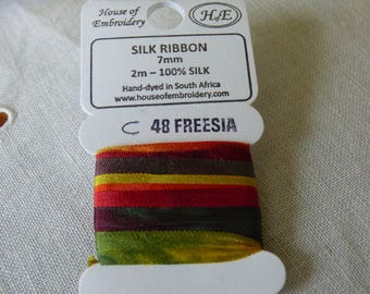 House of Embroidery collar 48 FREESIA c 7mm Silk Ribbon