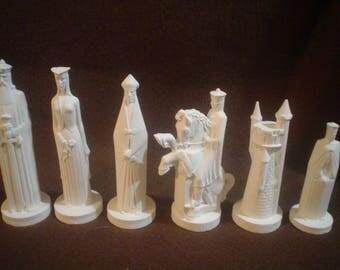 32 Piece Crest Ceramic Bisque Medieval SMALL Crusader Chess Set-U Paint - E709
