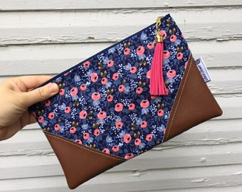 Navy Blue Rosa Floral Tassel Zipper Clutch