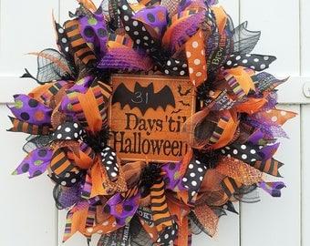Lighted Halloween Wreath, Halloween Countdown Wreath, Halloween Wreath, Halloween Chalkboard Wreath, Halloween Mesh Wreath, Halloween Decor