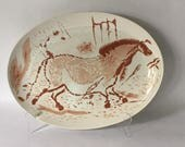 vintage platter with primitive horse design, modern cave drawing petroglyph prancing horse, mid century rustic western cabin lodge farmhouse