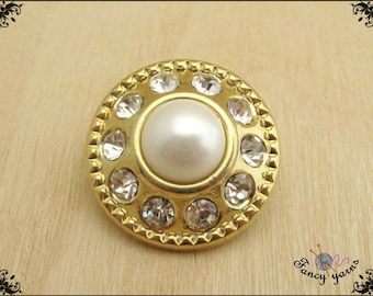 Button gold mm. 20, with 10 rhinestone and pearl 1