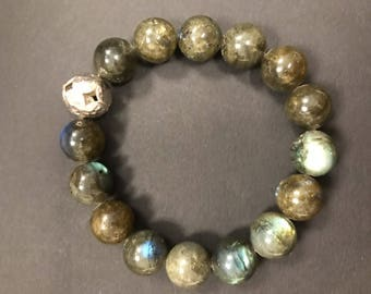 Smooth Round Labradorite with Sterling Silver Hammered Bead Bracelet