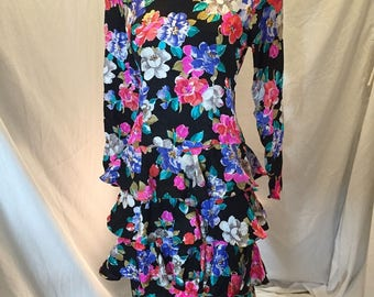 Vintage Jos. A. Bank Clothiers Women's Dress 100% Silk Tiered Skirt Floral Size 10