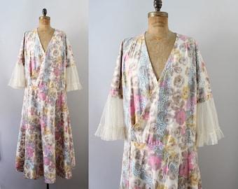 1920s Floral Dress / Vintage Antique 20s Dress / M