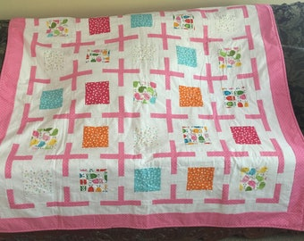 Quilt Pink and White Dotted w/Owls and Birds