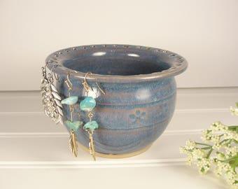 Earring holder, Jewelry holder, Earring bowl, Jewelry bowl, Jewelry Organizer, Earring Organizer, Pottery gift, Small gift for women