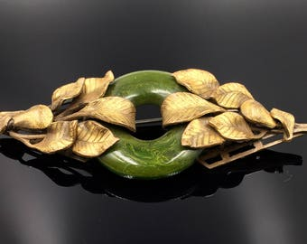 Art Deco Spinach Bakelite Brass Leaf Bar Pin Brooch - Vintage 1920s Faux Jade Bi Statement Brooch