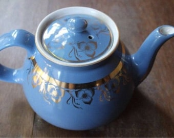 Vintage Hall Teapot Dresden Blue 8 Cup Gold Decoration USA Made Hall 026 Pattern