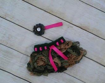 Baby camo skirt headband set. Pink and camo newborn photo prop. Crochet camoflauge. Military princess baby. Baby camo. Hunting set baby girl