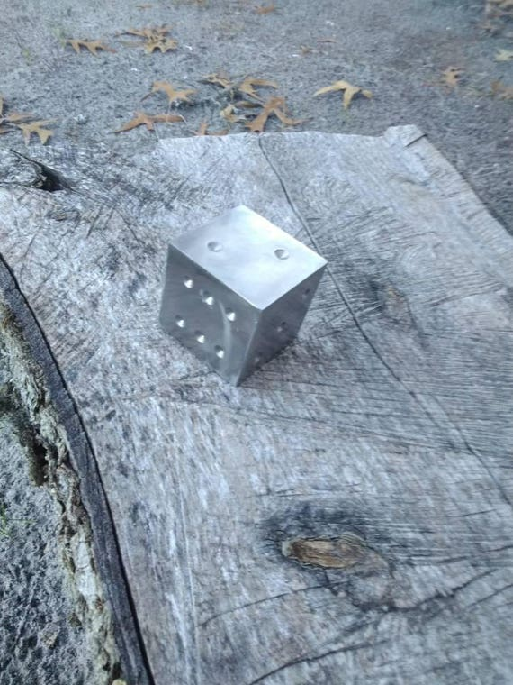 Large metal dice, Stainless steel decorative dice, gaming decoration, metal dice