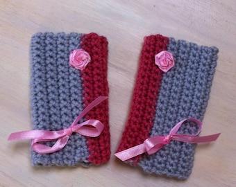Fingerless gloves crochet gray and pink bow satin
