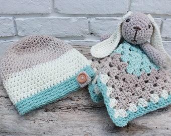 Crochet baby hat lovey pattern