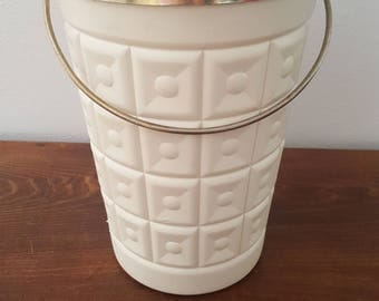 "Lustro Ware ""King Size Party"" Ice Bucket"