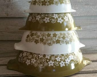 Vintage Pyrex Spring Blossom Cinderella Bowl Set,  Pyrex Nesting Mixing Bowls