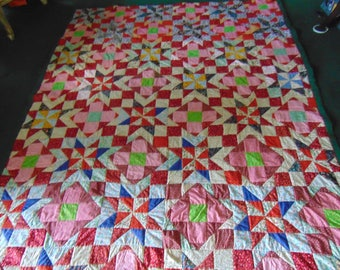 """Scrappy Country Style Quilt 67"""" x 86"""""""