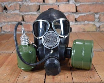 Gas mask - Usable gas mask - Military gas mask - Industrial gas mask - Army gas mask - Unused gas mask - Civilian gas mask - GP-7VM gas mask