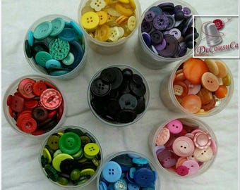 Buttons, 25 or 50 buttons, moda, vintage, classic, basic, 10-25mm, 2 holes, 4 holes, color choice, BM61