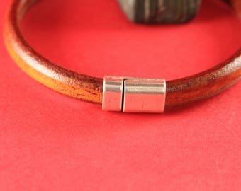 R/2 MADE in EUROPE zamak clasp for licorice cord, magnetic clasp, zamak magnetic clasp,  10x6mm magnetic clasp (76865/10) Qty1