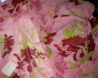 No. 626-fabric polyester print fluid TRANSPARENT red pink green floral design