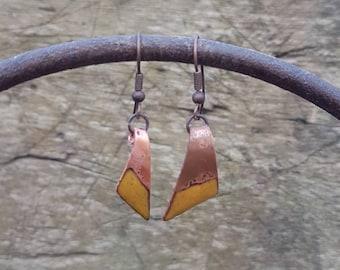 Boucles d'oreilles émaillées sur cuivre - jaune d'or