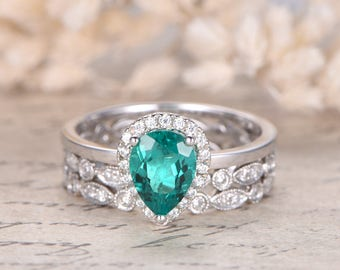 emerald wedding ring set 14k white gold 3pcs rings set 6x8mm pear cut emerald engagement ring - Emerald Wedding Rings