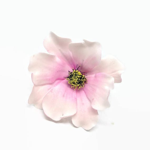 Blush Pink Two-Toned Cosmos Sugar Flower for wedding cake toppers, diy brides, bridal showers, birthday cakes, gumpaste cake decoration