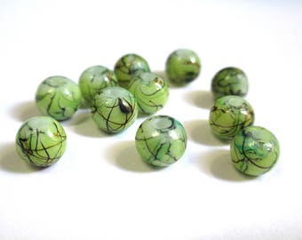 20 green beads, Brown painted glass 6mm (4)
