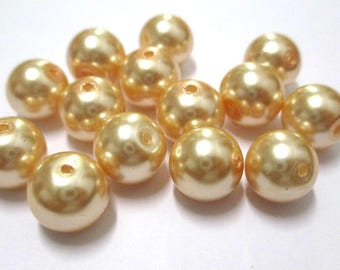 10 Golden Pearl glass 10mm (F-05) beads