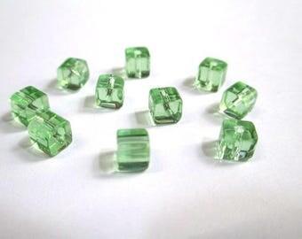20 square light green glass beads 4mm
