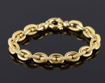 14k Hollow Textured Large Link Look Bracelet Gold 7.75""