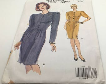Vogue Sewing Pattern 7854 Petite Dress Straight Below Mid Knee Cut In Shoulders Semi Fitted Bodice Front Pleated Skirt   Size 6 8 10 Uncut
