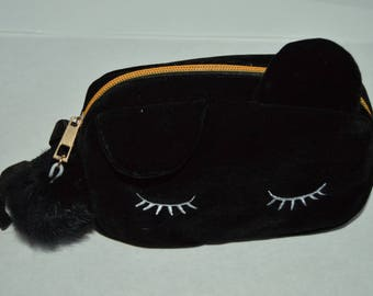 Pouch with black cat head
