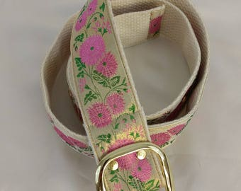 Metallic floral belt