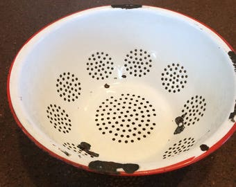 Vintage Red and White Enameled Metal Colander, Craft Supply, Retro Kitchen Decor