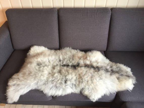 Decorative Sheepskin rug supersoft rugged throw from Norwegian norse breed medium locke length sheep skin white grey 18038