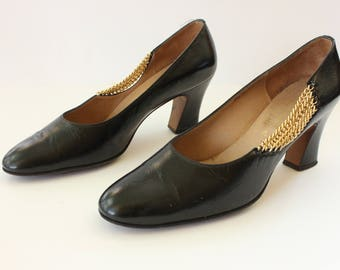 Vintage 1960's Rosina Ferragamo Schiavone Black Leather and Gold Chain Closed Toe Pumps, Made in Italy, Size - 7.5/8
