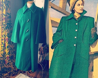 40s 40's 1940s Vintage Green Coat Wool Log Buttons Bell Sleeves