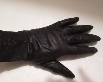 Vintage Brynes & Baker Black Leather Driving Gloves. Size Medium.