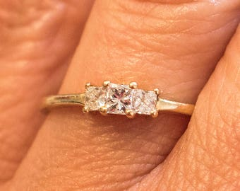 14ct gold 0.35ct Princess cut diamond Engagement ring Valuation .985K Size P3/4 US 7 3/4 Marked 14k Yellow gold