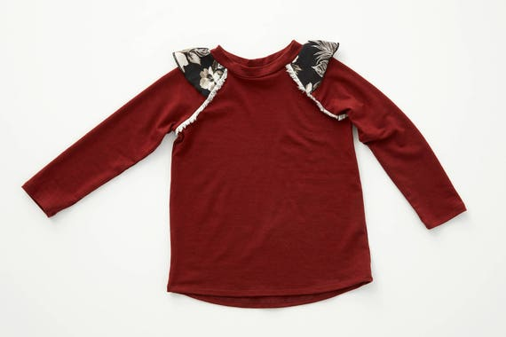 CAPUCINE - long-sleeves minimalist top with gathered cap-sleeves, sweater, pull for kids: littles girls - paprika red