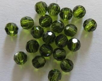 Round 4 mm Olivine Swarovski pearls