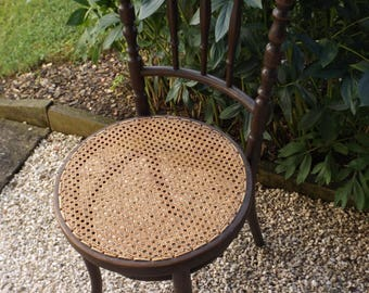 1880 THONET chair / round made in Austria vintage THONET Chair / Chair year old