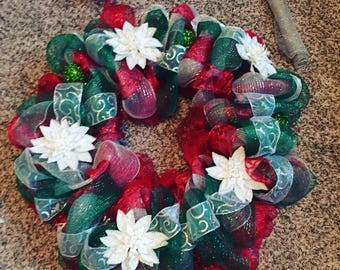 christmas poinsettia holiday red white green silver wreath