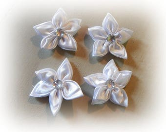 4 flower appliques to glue or sew flower 5 petals of white 5.5 cm