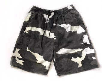 Camo Shorts Grey Winter Camouflage Bottoms Black White and Grey - Size Large