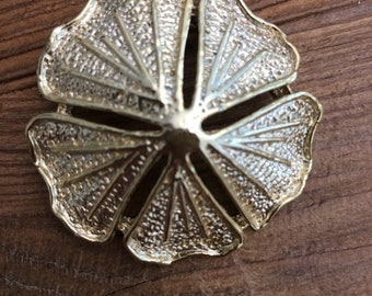 Vintage Gerry's Goldtone Flower Brooch